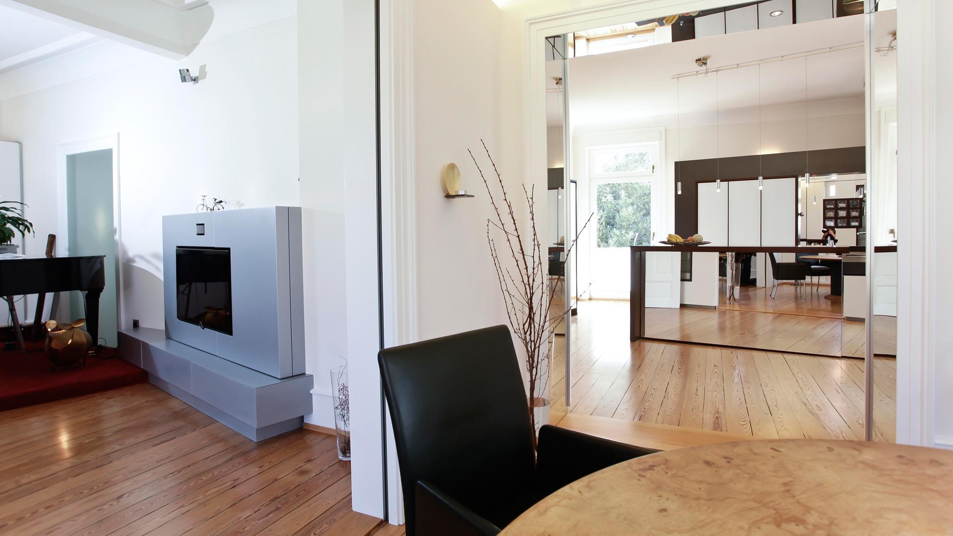 unternehmen rebel r ume mit charakter. Black Bedroom Furniture Sets. Home Design Ideas